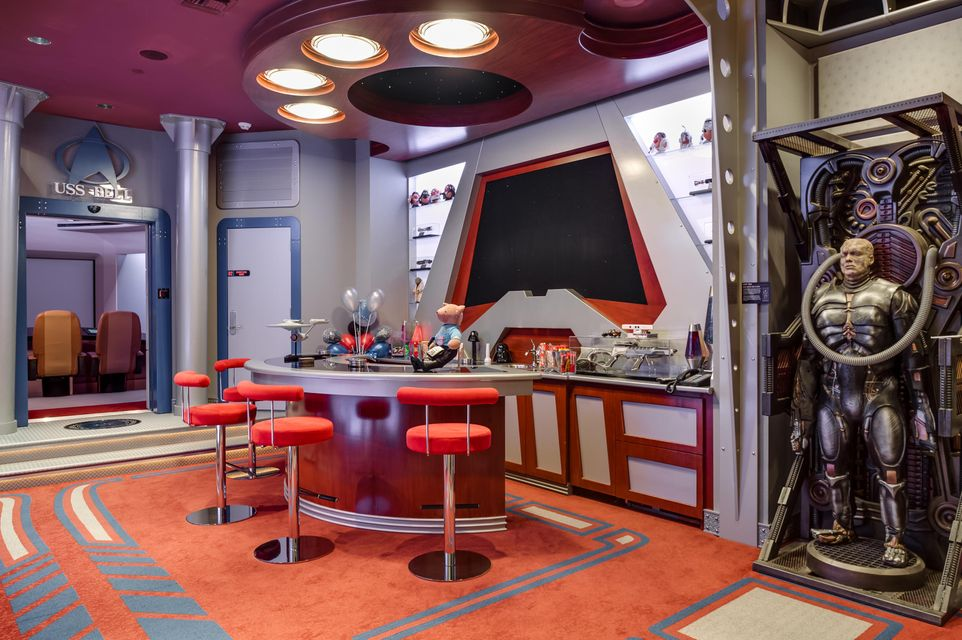 Home Theater Snack Bar