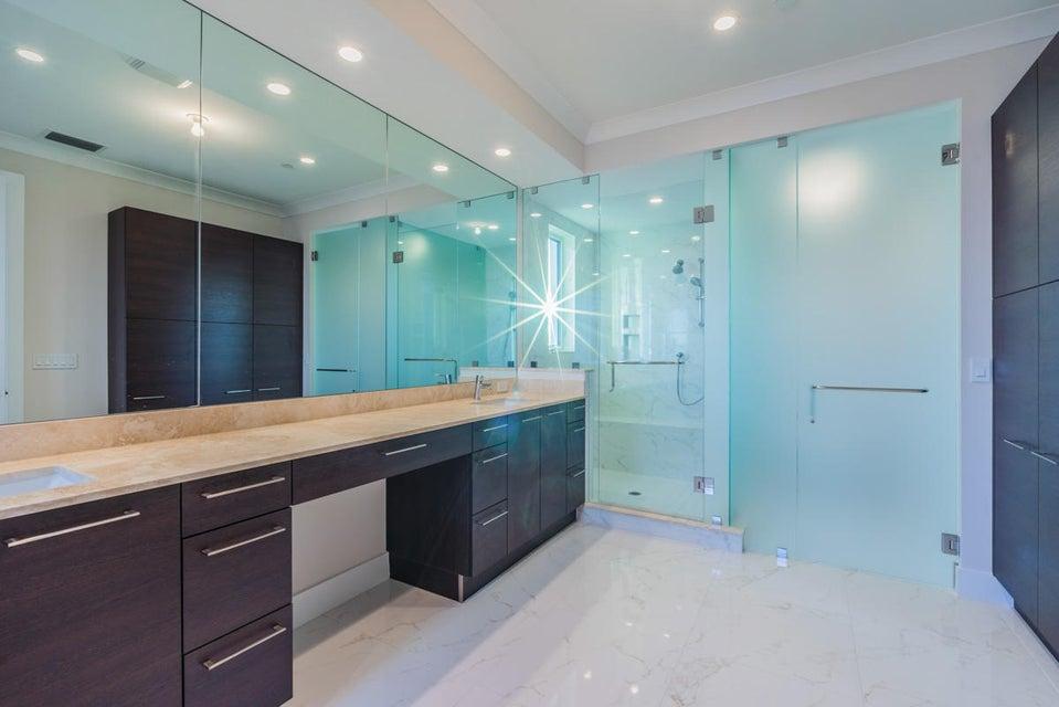 12_master-bathroom2_104 Water Club Court