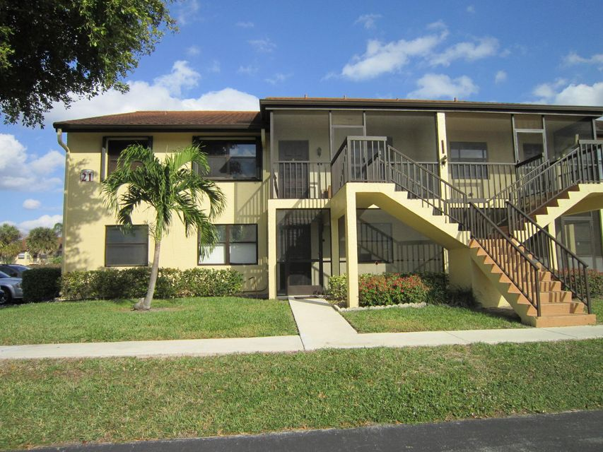 First Floor condo unit in all age part of Lucerne Lakes. New carpeting and fresh paint. Close to major roadways. Community offers golf course (no mandatory membership), clubhouse, community pool and tennis courts. Also available for rent.