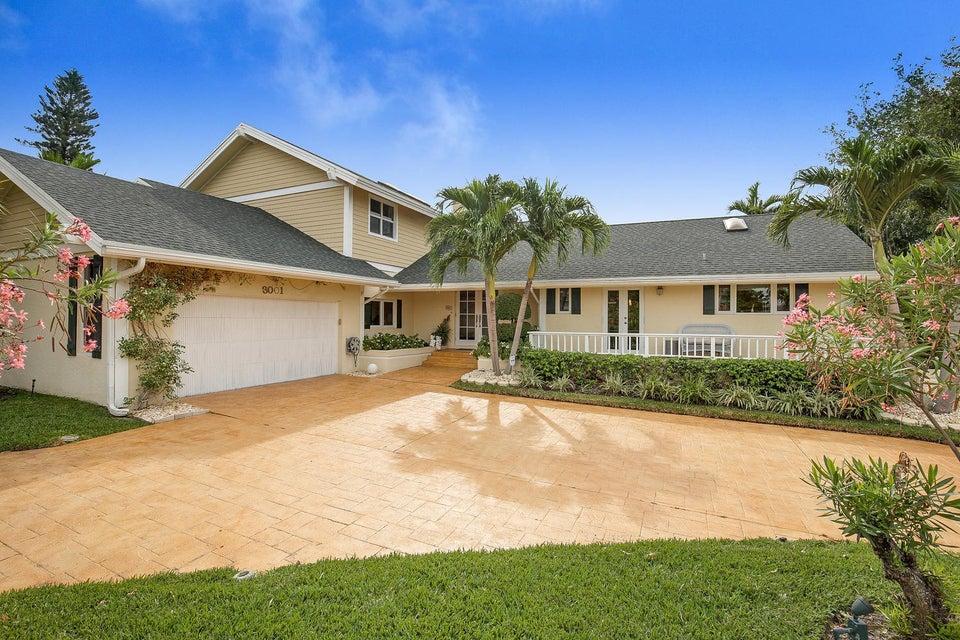 3001 Jasmine Court, Delray Beach, FL 33483