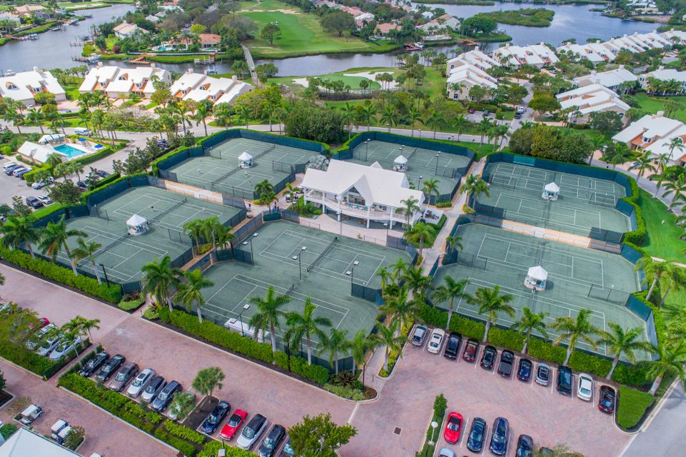 Admirals Cove Tennis Center