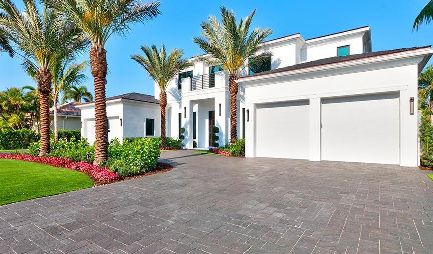 1815 Sabal Palm Drive