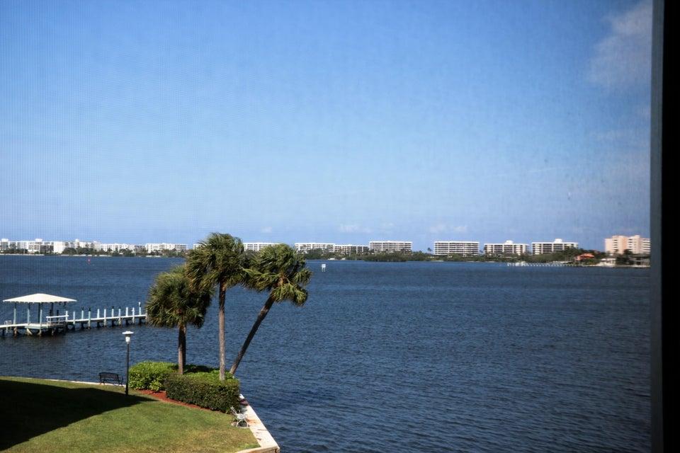 100 Waterway Drive S 303, Lantana, FL 33462