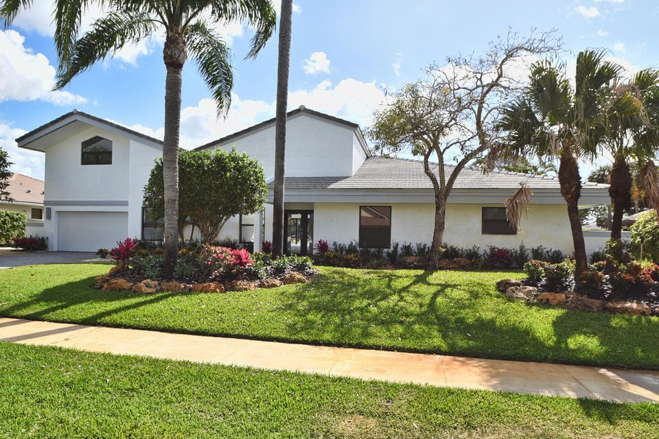 3799 Red Maple Circle