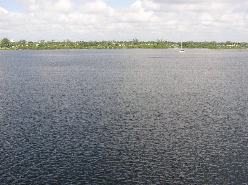 2840 S Ocean Boulevard 516, Palm Beach, FL 33480