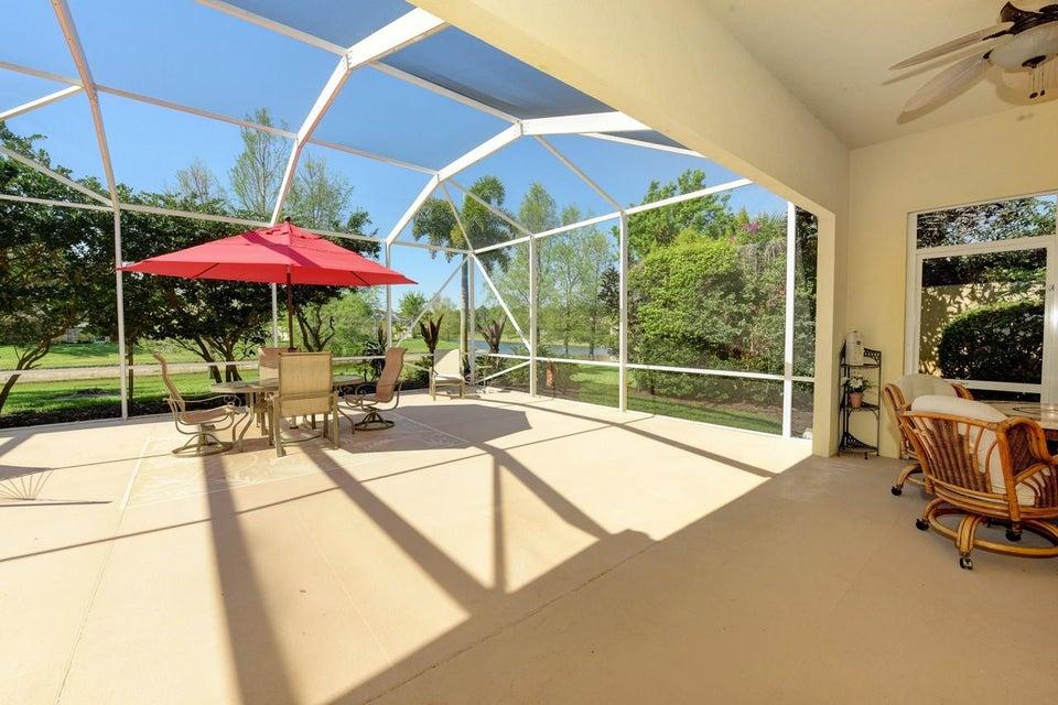 4712 Dovehill Drive Palm Beach Gardens FL 33418