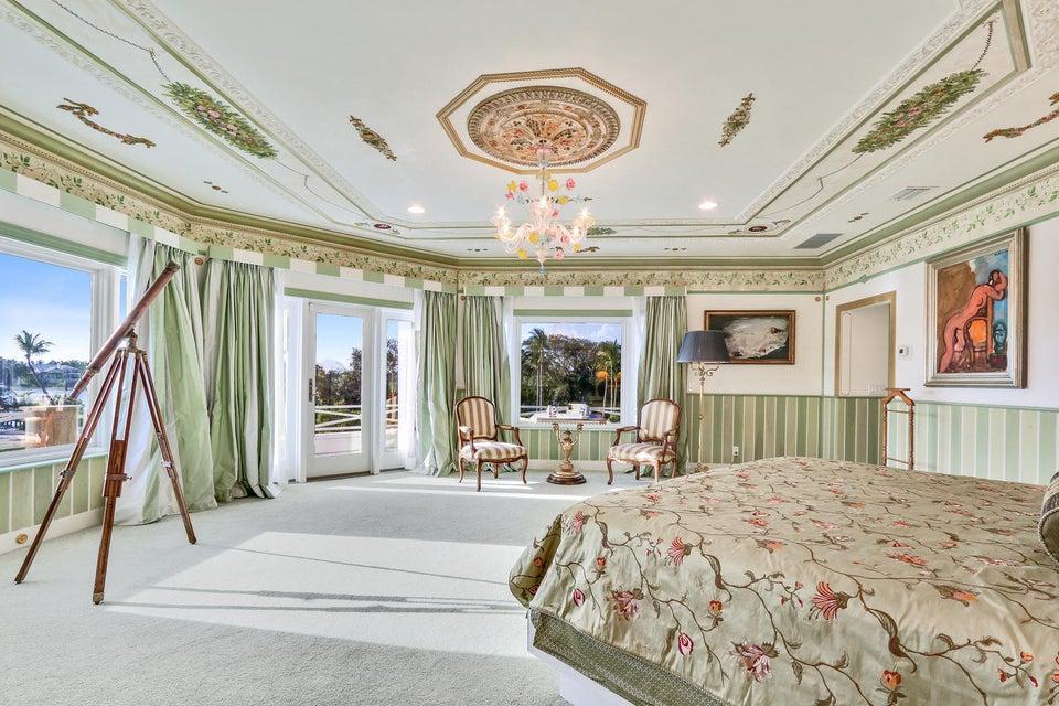 Master BR w/ luxe veranda