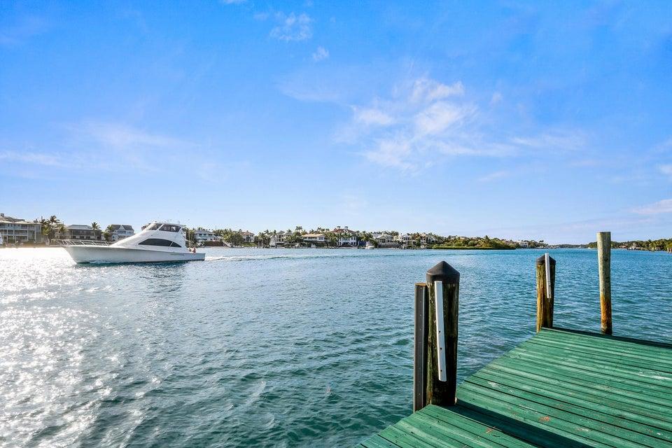 Yacht dockage