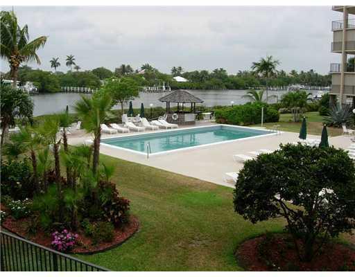 3545 S Ocean Boulevard 211, South Palm Beach, FL 33480