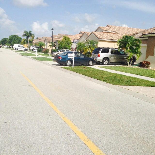 9589 Verona Lakes Boulevard, Boynton Beach, FL 33472