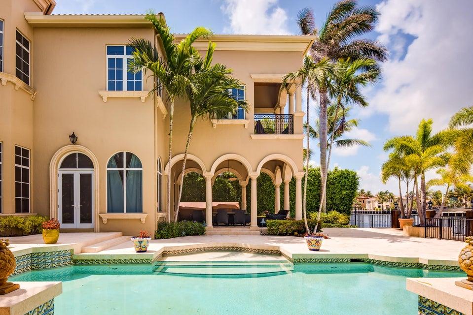 046_Pool Home