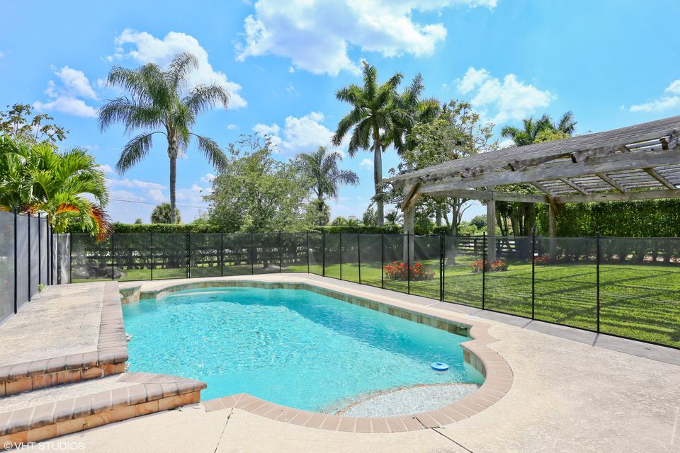 13159 57th Place, Wellington, Florida 33449, 4 Bedrooms Bedrooms, ,2 BathroomsBathrooms,Single Family,For Sale,57th,RX-10335480