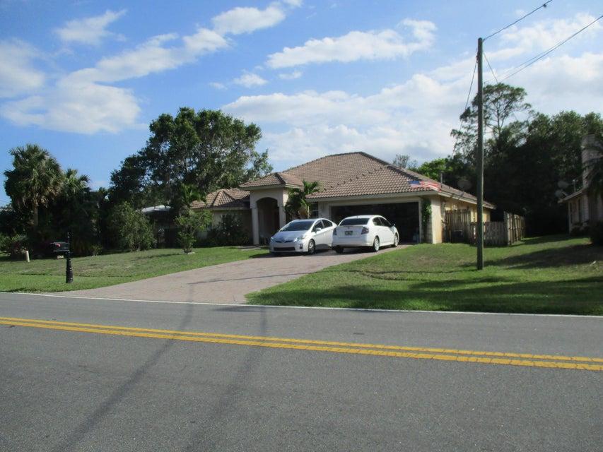 1768 SW Import Drive, Port Saint Lucie, FL 34953