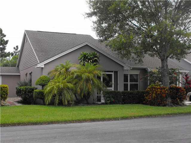376 NW Sherry Lane, Port Saint Lucie, FL 34986