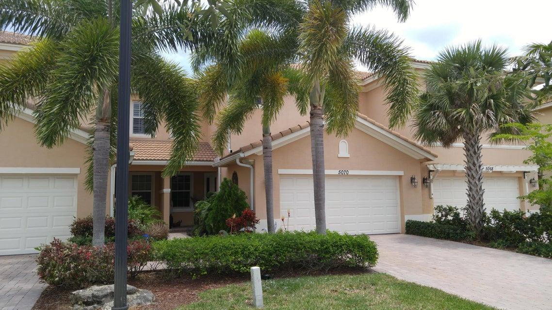 5070 Dulce Court, Palm Beach Gardens, FL 33418