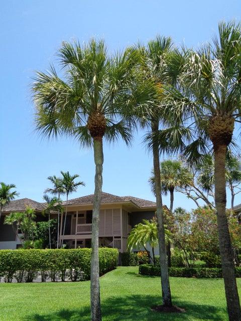 11842 Pebblewood Dr, Wellington, Florida 33414, 2 Bedrooms Bedrooms, ,2.2 BathroomsBathrooms,Condo/Coop,For Sale,PALM BEACH POLO,Pebblewood Dr,2,RX-10339220
