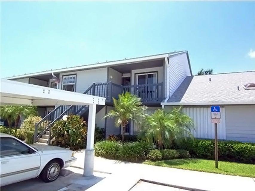 1554 NE Beacon Drive 206, Jensen Beach, FL 34957