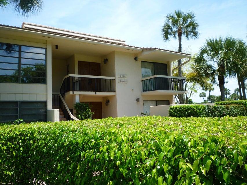 7773  Lakeside Boulevard #19-6 Boca Raton, FL 33434