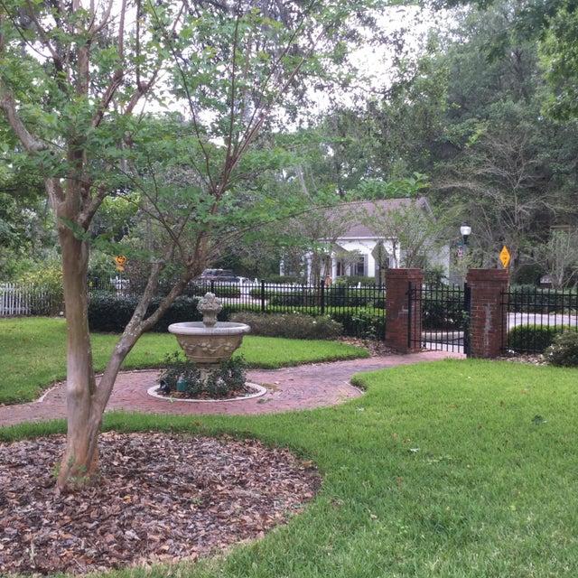 221 SE 7th Street, Gainesville, FL 32601