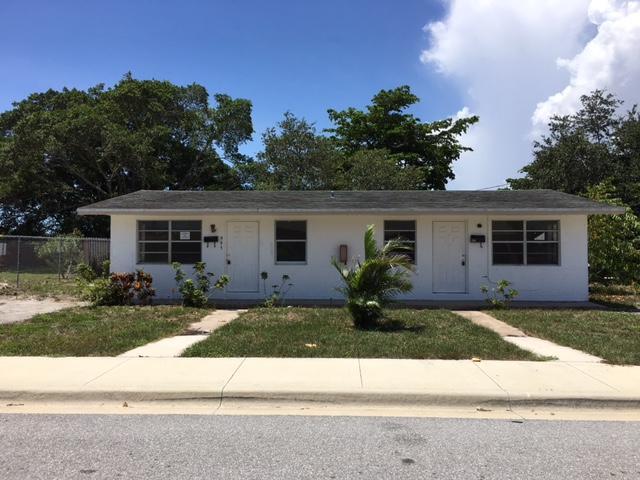 995 W 36th Street, Riviera Beach, FL 33404