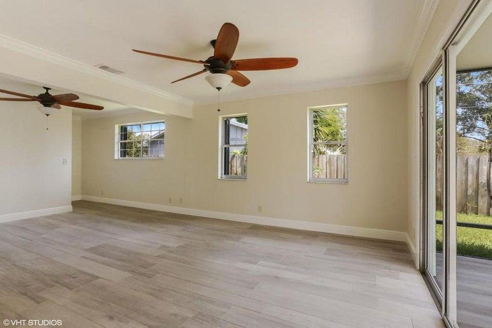 19946 Riverside Drive Jupiter, FL 33469 - MLS #: RX-10344634