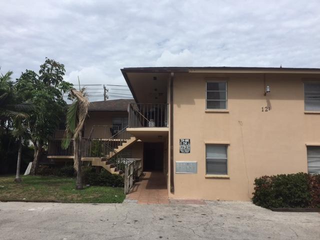 121 N B Street 1, Lake Worth, FL 33460