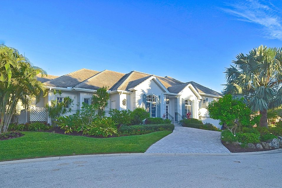 572 Spinnaker Lane, Longboat Key, FL 34228