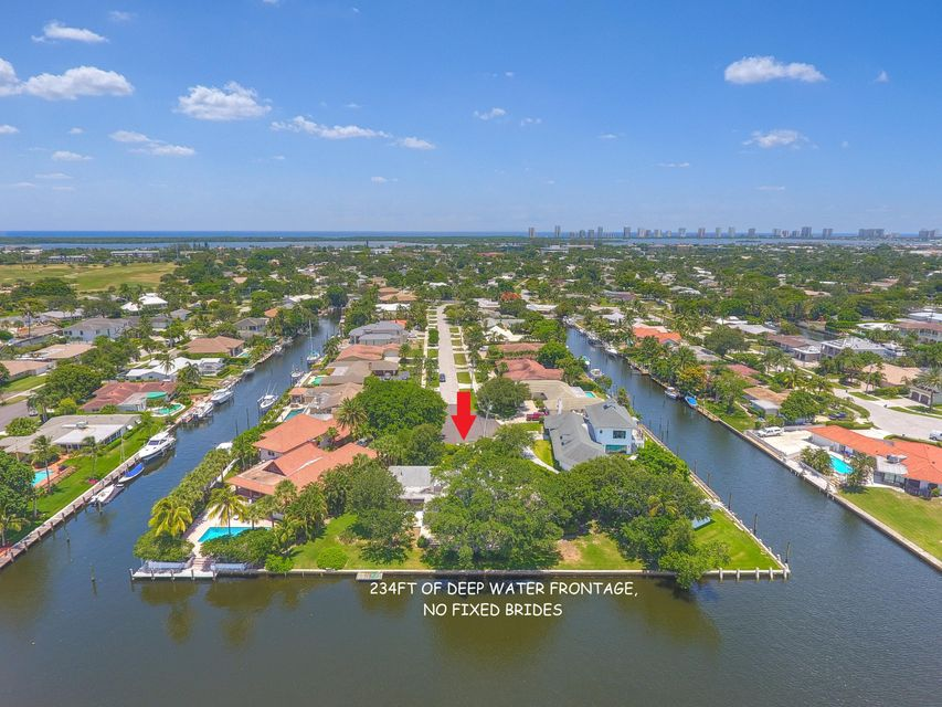 654 Riverside Road, North Palm Beach, FL 33408