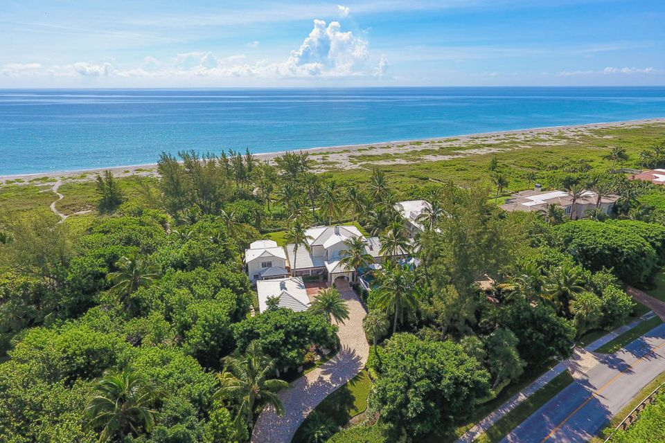 489 S Beach Road, Hobe Sound, FL 33455