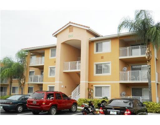 241 SW Palm Drive 104, Port Saint Lucie, FL 34986