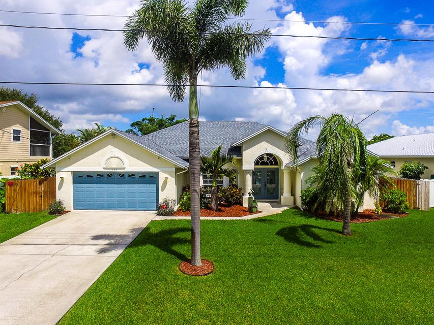 177 NE Sagamore Terrace, Port Saint Lucie, FL 34983
