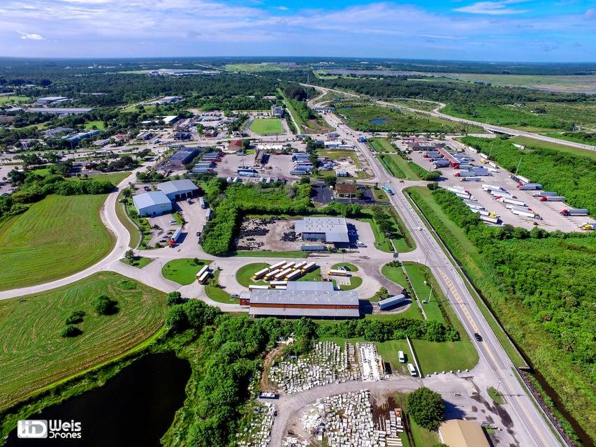 2700 S Kings Hwy, Fort Pierce, FL 34950