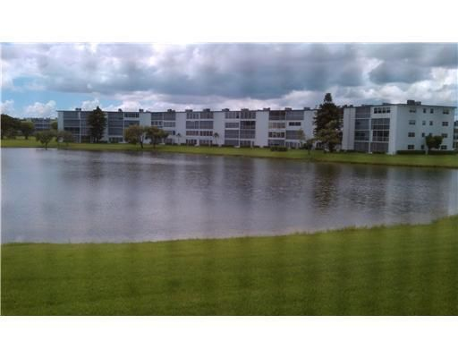 1046 Cornwall C, Boca Raton, FL 33434