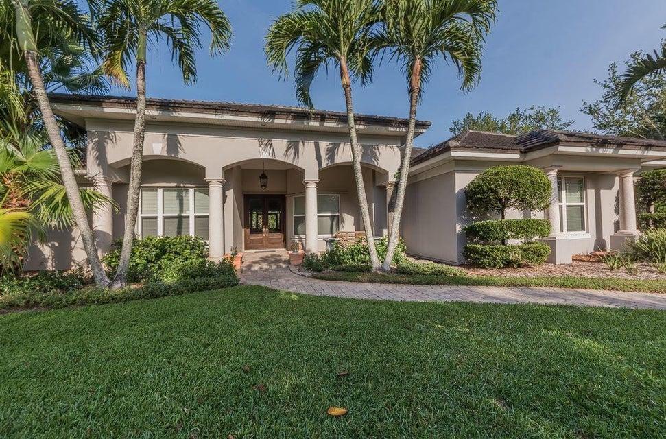 1665 E Rosewood Court, Vero Beach, FL 32966