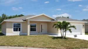 6428 Las Palmas Way, Port Saint Lucie, FL 34952