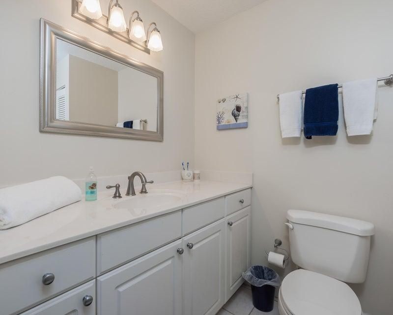 24_bathroom2_5125 Misty Morn Road_Steepl