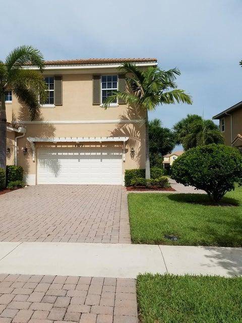 4572 Cadiz Circle, Palm Beach Gardens, FL 33418