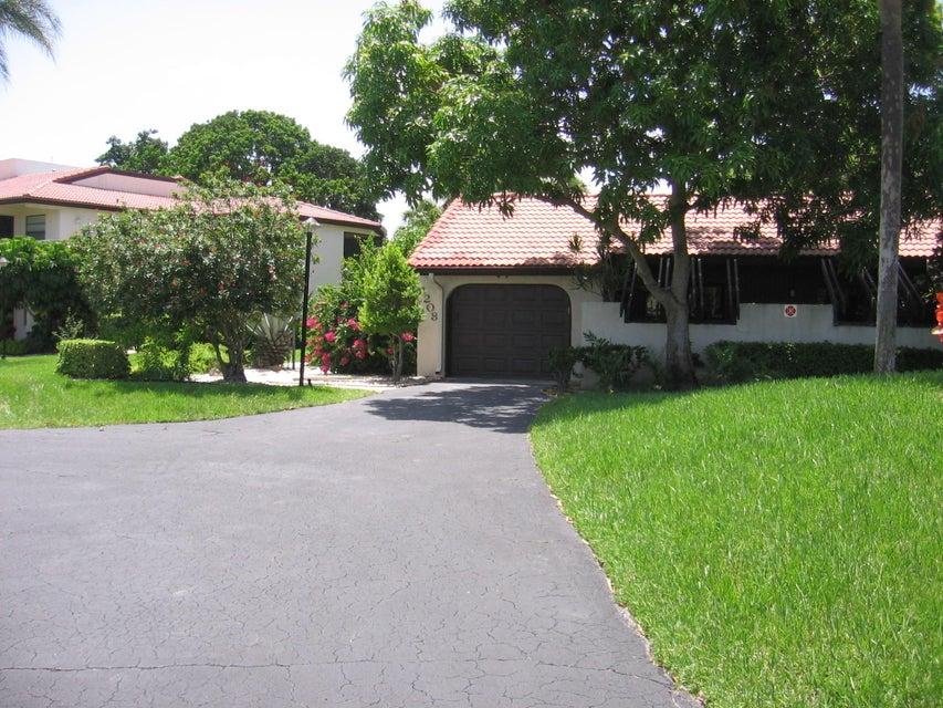 8208 Casa Del Lago
