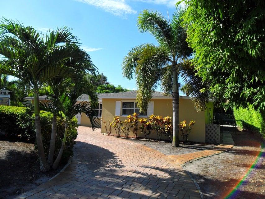 2446 S Wallen Drive, Palm Beach Gardens, FL 33408