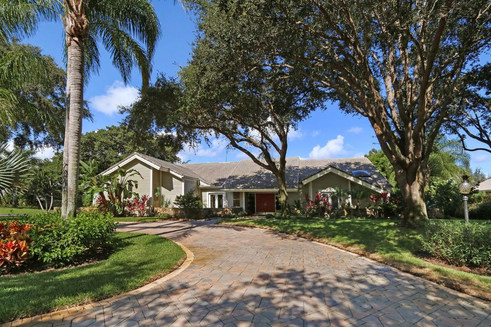 18660 SE River Ridge Road, Tequesta, FL 33469
