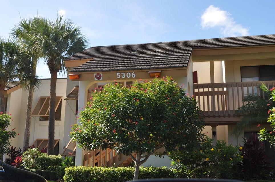 5306 Cedar Lake Drive 203, Boynton Beach, FL 33437