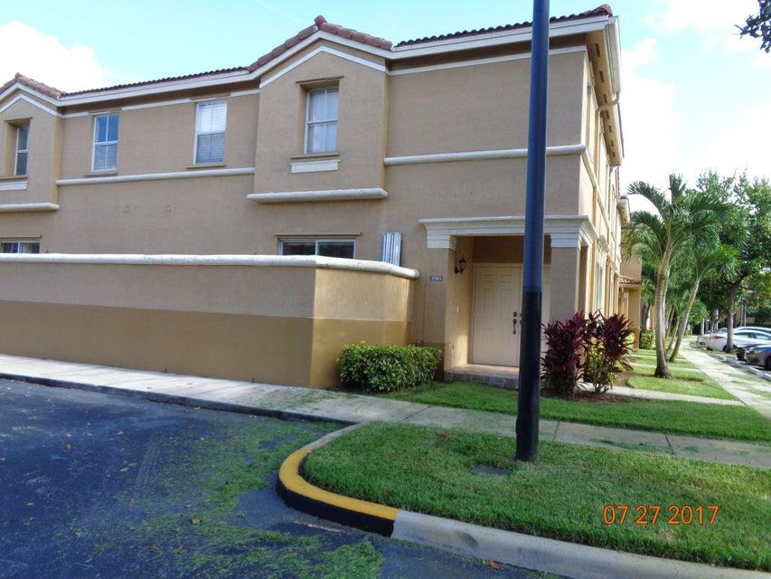 15811 SW 42nd Street 39, Miramar, FL 33027