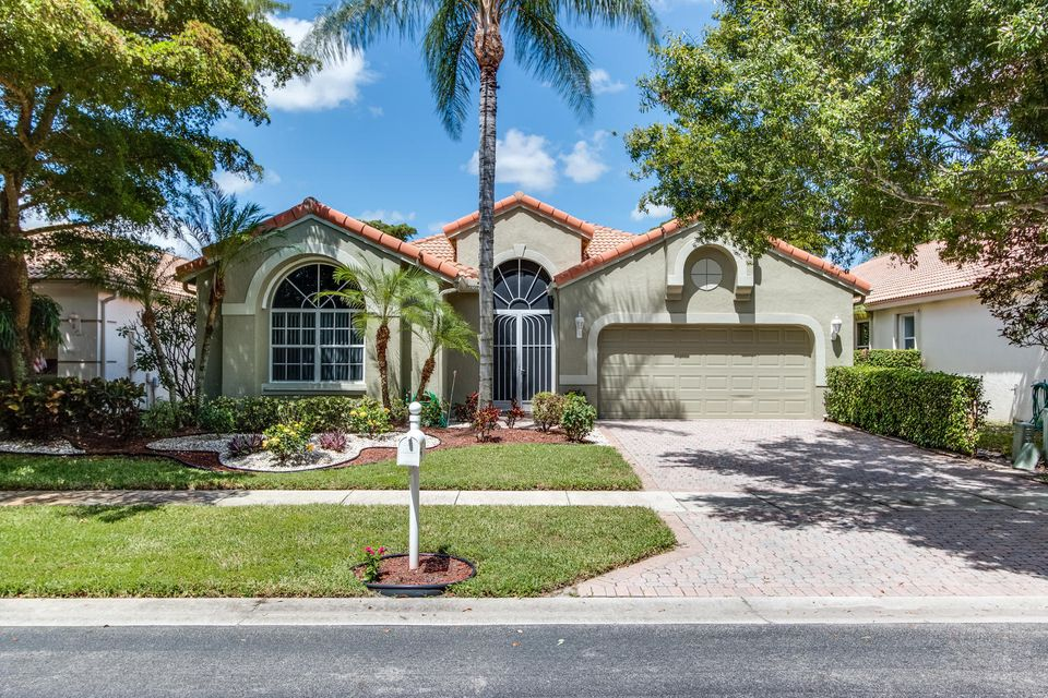 10129 Diamond Lake Drive, Boynton Beach, FL 33437