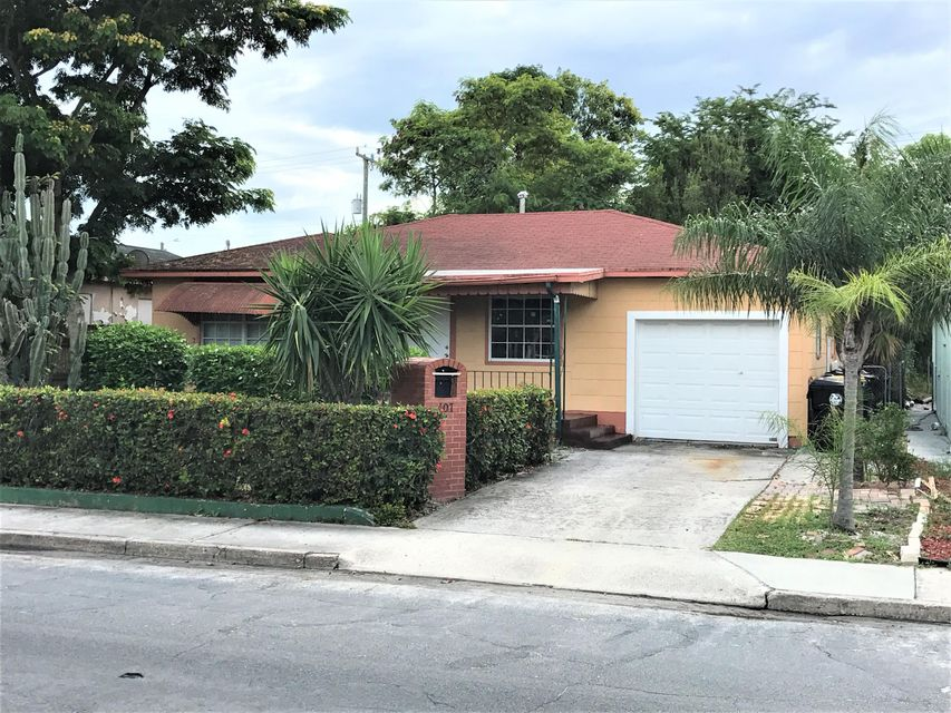 407 S E Street, Lake Worth, FL 33460