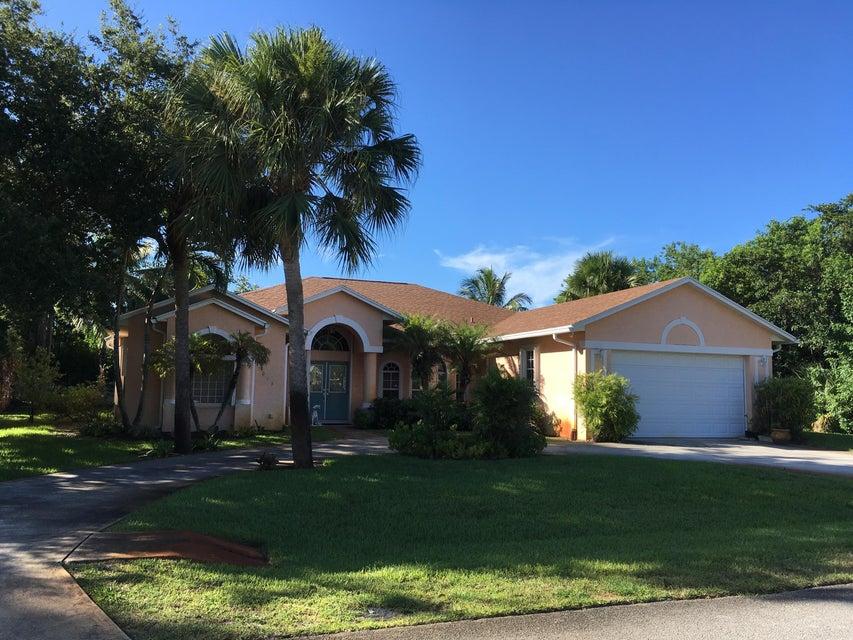 5013 SE Schooner Oaks Way, Stuart, FL 34997