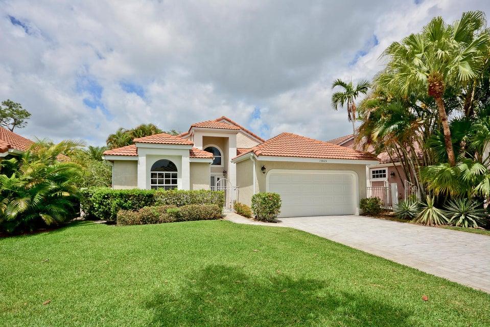 13869 Palm Grove Place, West Palm Beach, FL 33418