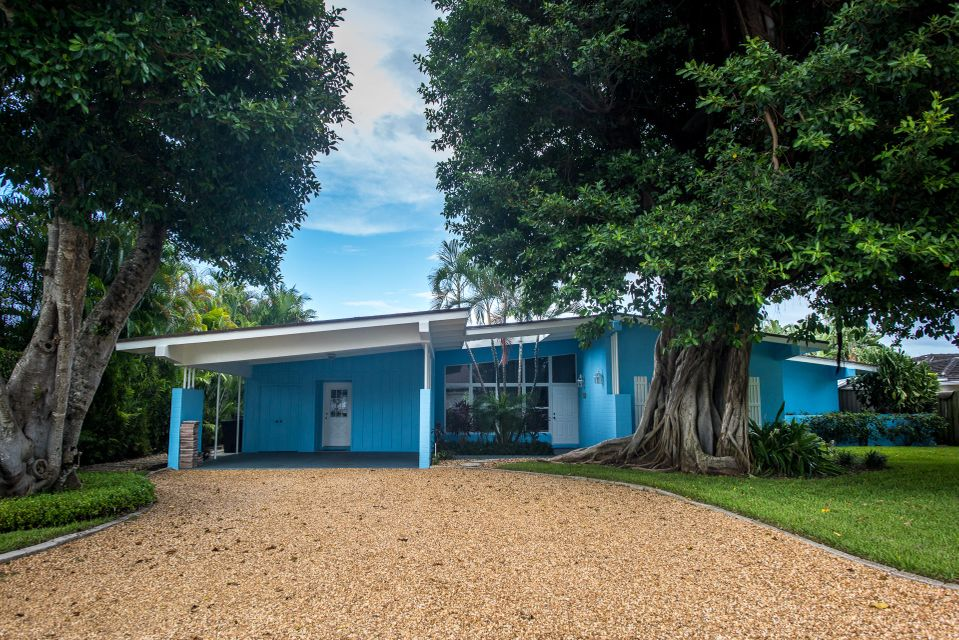 181 Beacon Lane, Jupiter Inlet Colony, FL 33469