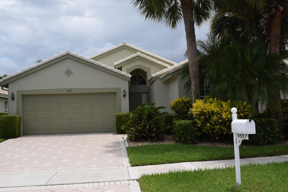 6657 Sun River Road, Boynton Beach, FL 33437