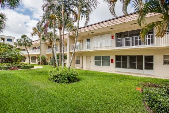 638 Snug Harbor Drive E13, Boynton Beach, FL 33435
