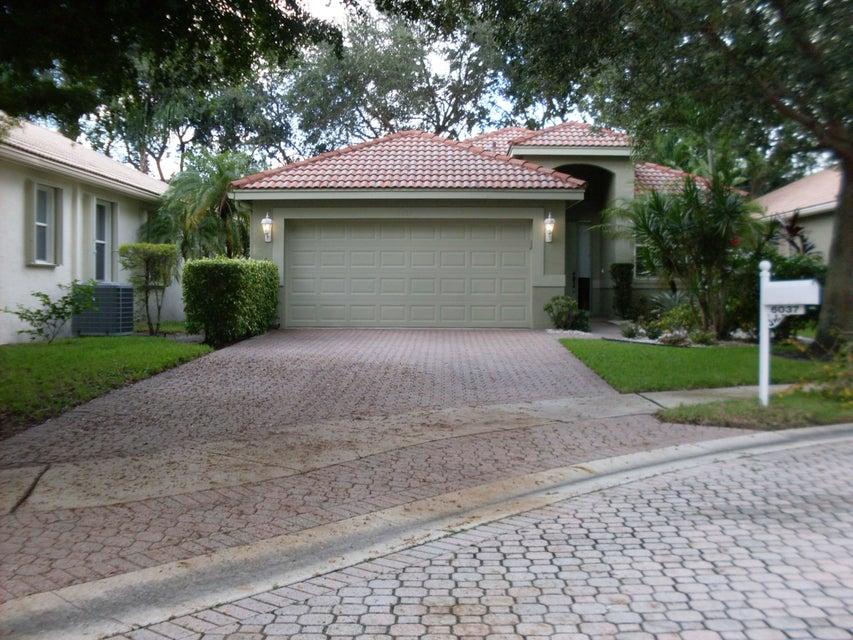 6037 Rossmoor Lakes Court, Boynton Beach, FL 33437